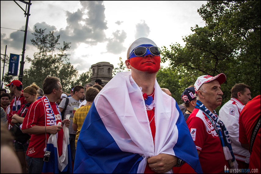 Polska - Rosja , marszkibiców na stadion narodowy, chwilę przed meczem. Euro 2012 (4)
