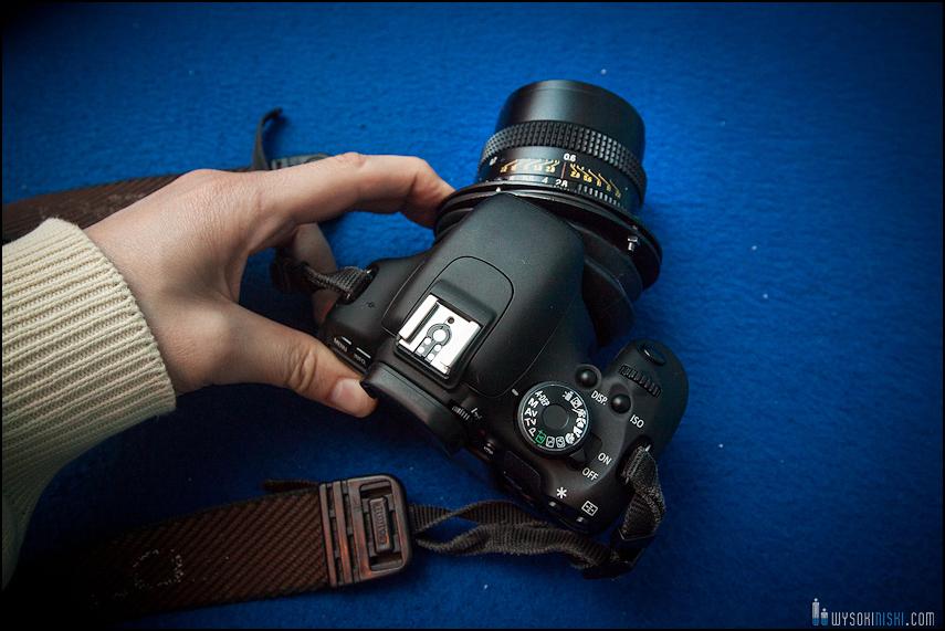 tilt-shift adapter, obiektyw Wołna 3 (mocowanie pentacon) podłączony do Canon EOS przez przejściówkę m42