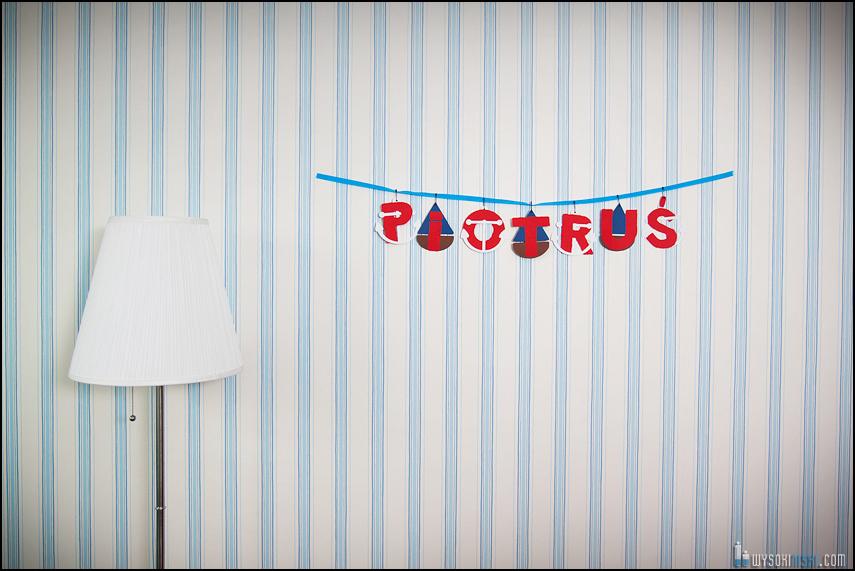 sesja ciążowa Piotruś- napis na ścianie