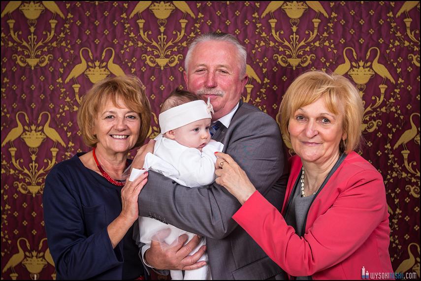 zdjęcia rodzinne na tle