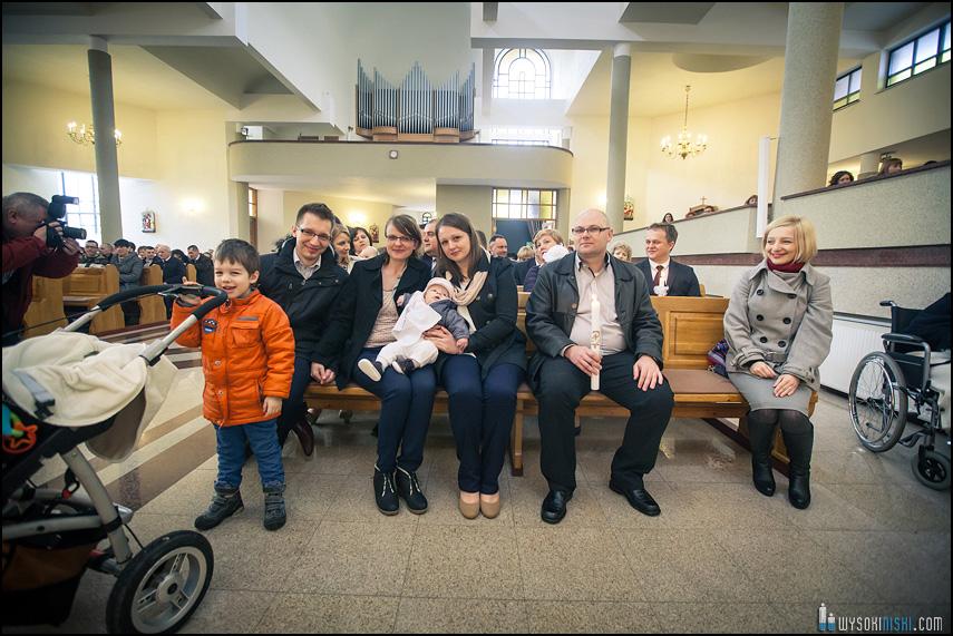 rodzina w kościele