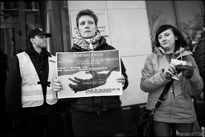 pikieta protest- przeciw zabijaniu psów na Ukrainie w ramach przygotowań do Euro 2012 (77)