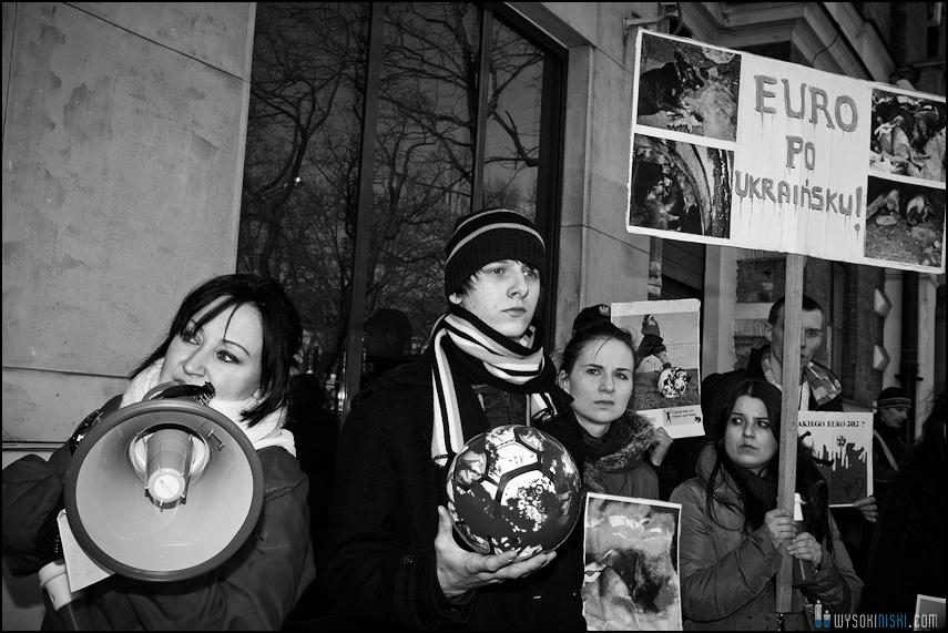 pikieta protest- przeciw zabijaniu psów na Ukrainie w ramach przygotowań do Euro 2012 (65)