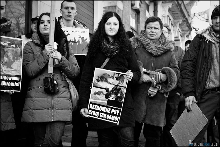 pikieta protest- przeciw zabijaniu psów na Ukrainie w ramach przygotowań do Euro 2012 (63)