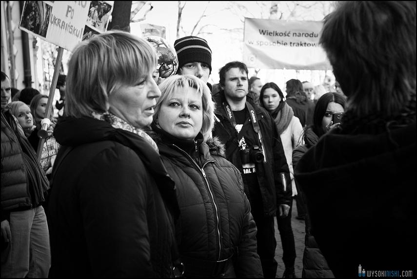 pikieta protest- przeciw zabijaniu psów na Ukrainie w ramach przygotowań do Euro 2012 (43)
