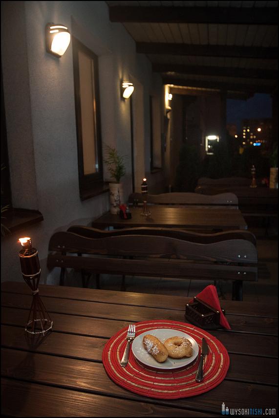 Zdjęcia z baru Ming Wok- danie na patio